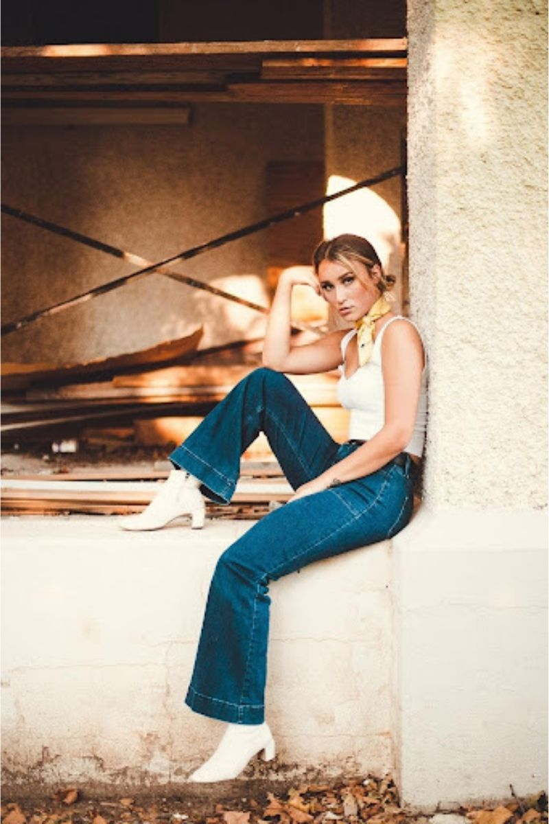 foto donna in jeans
